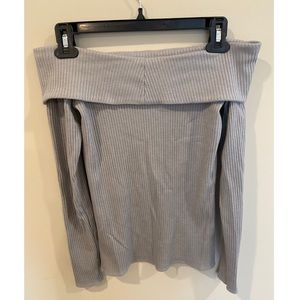 Abercrombie & Fitch Grey Off The Shoulder Top